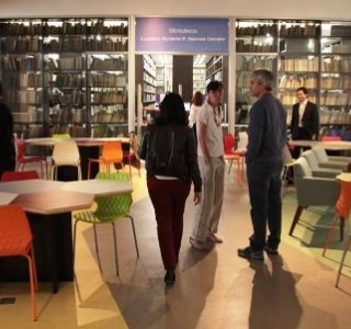 Biblioteca 'do design' é reaberta